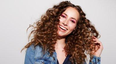 Hidratação com maizena: 10 tutoriais para um cabelo macio e sem frizz