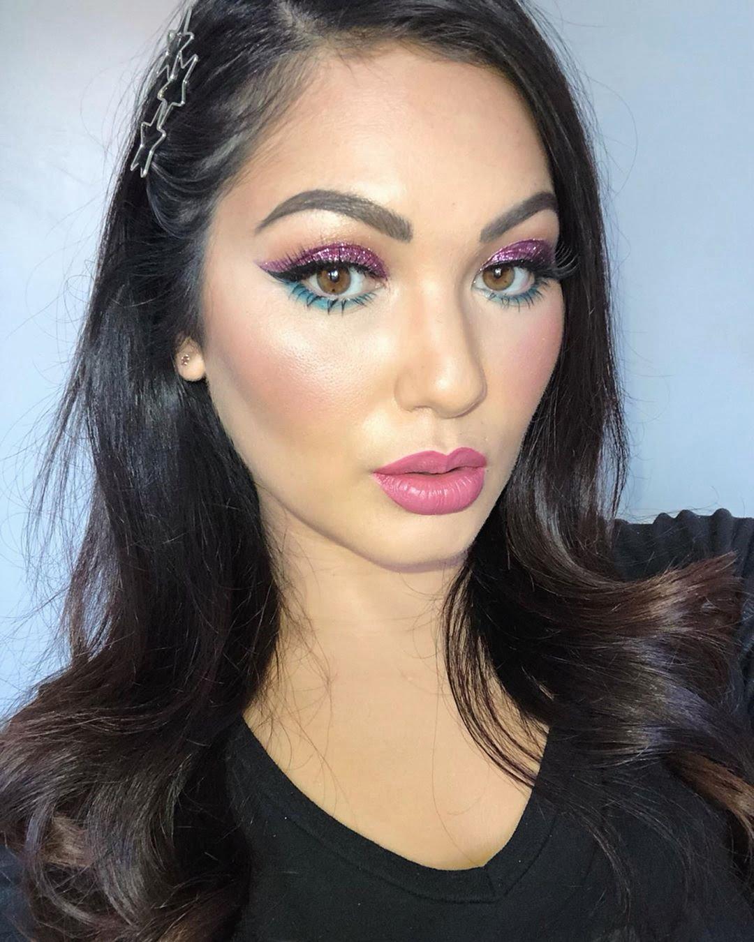 40 inspirações de maquiagem com glitter para brilhar em qualquer ocasião - 10
