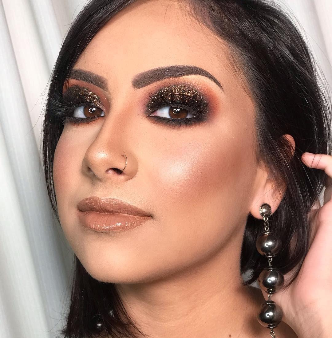 40 inspirações de maquiagem com glitter para brilhar em qualquer ocasião - 14