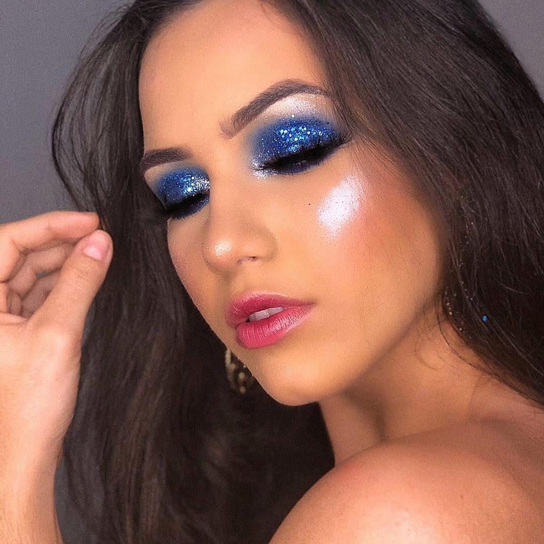 40 inspirações de maquiagem com glitter para brilhar em qualquer ocasião - 20