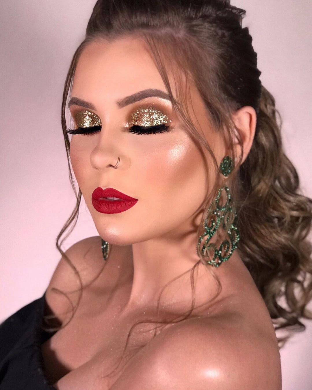 40 inspirações de maquiagem com glitter para brilhar em qualquer ocasião - 26