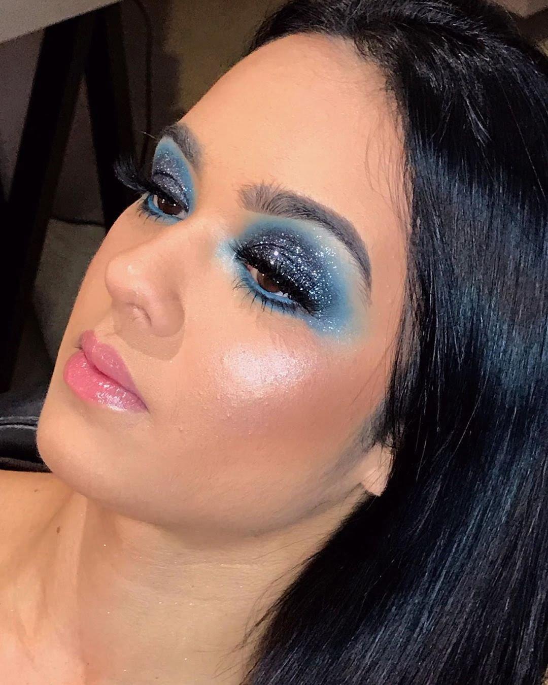 40 inspirações de maquiagem com glitter para brilhar em qualquer ocasião - 45