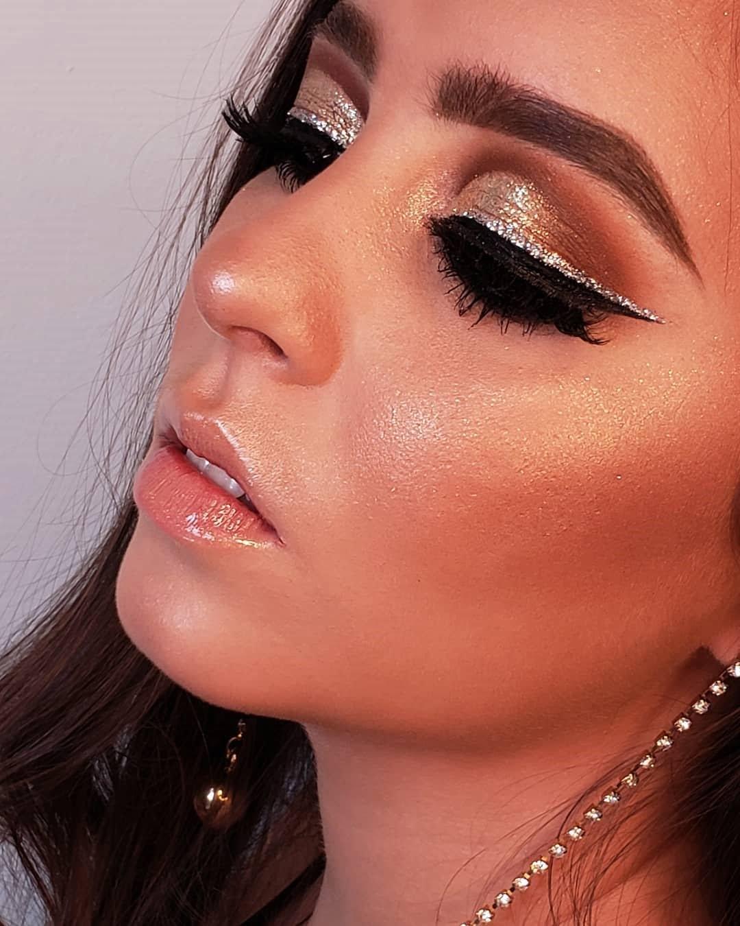 40 inspirações de maquiagem com glitter para brilhar em qualquer ocasião - 9