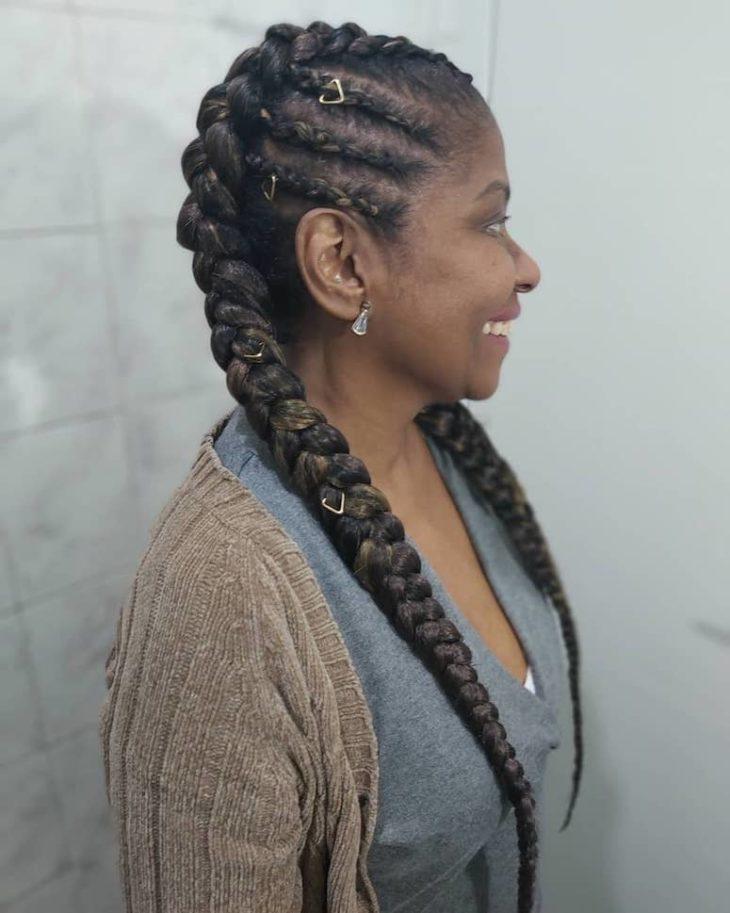 Penteados com trança 72