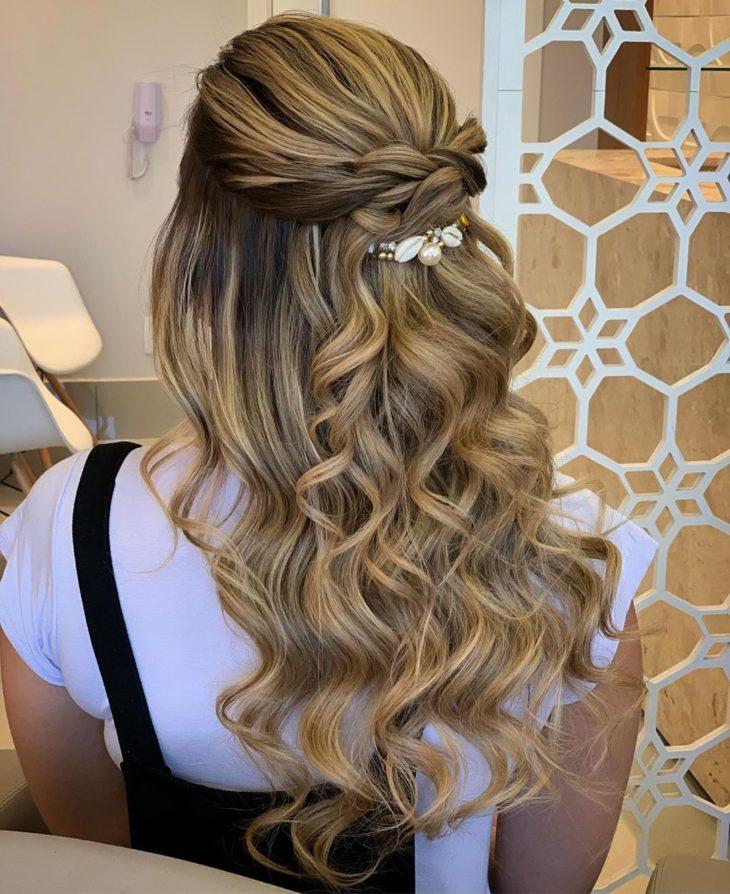 penteados para madrinhas 30