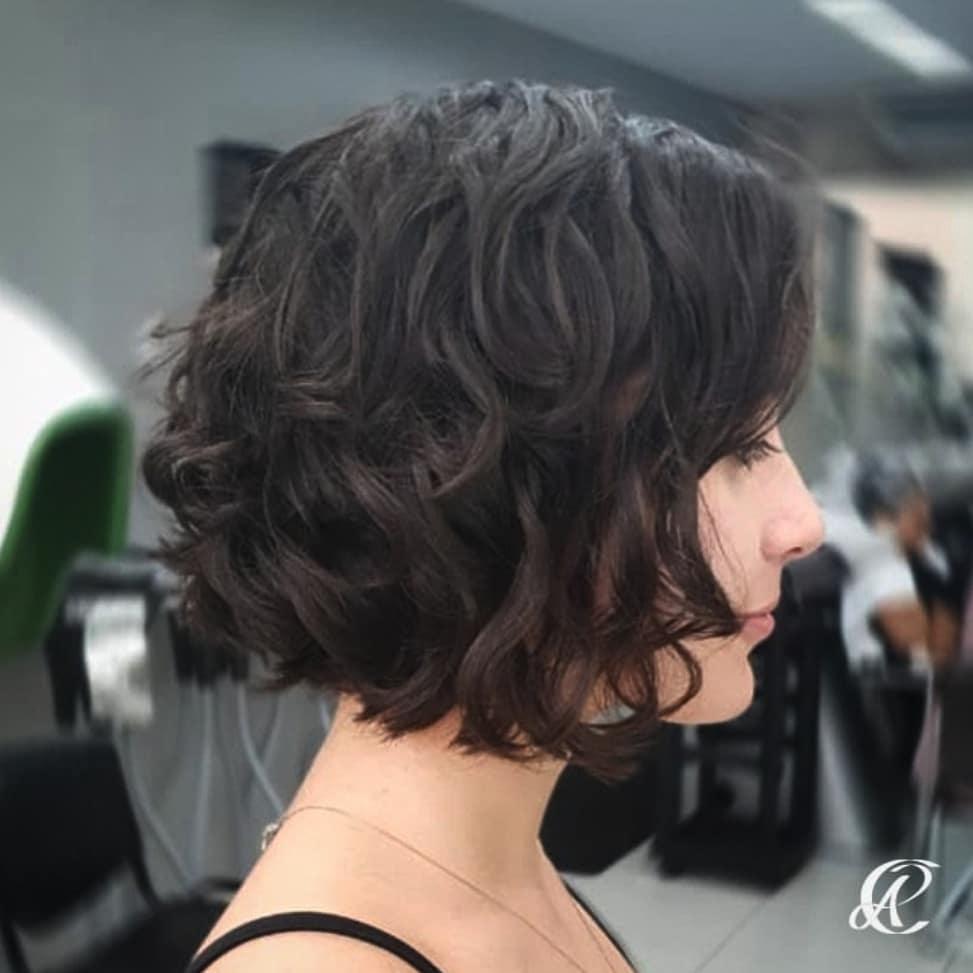 cabelos curtos repicados 46