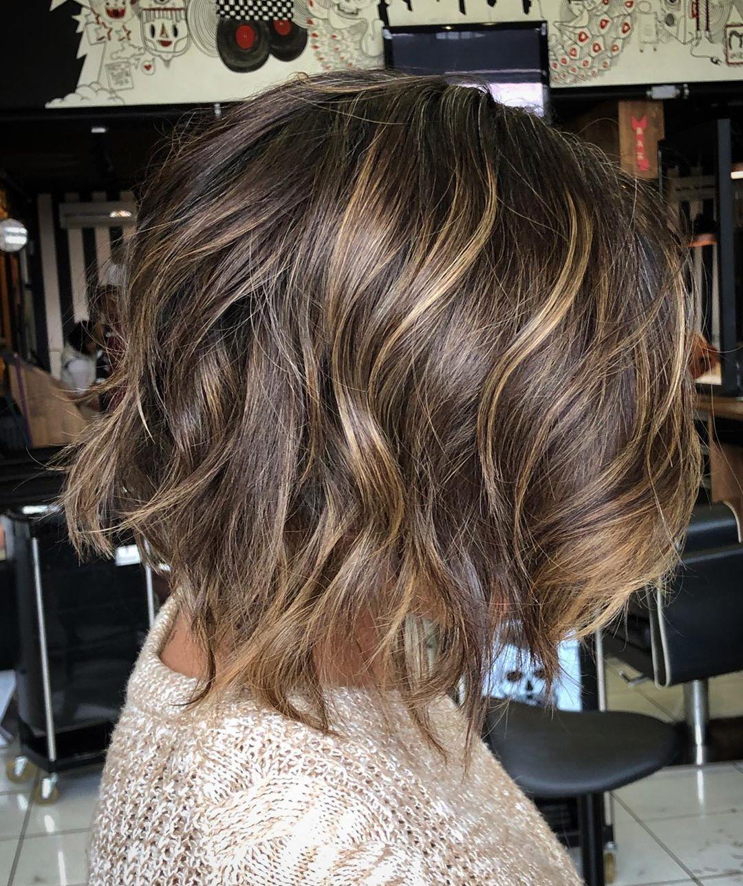 cabelos curtos repicados 55