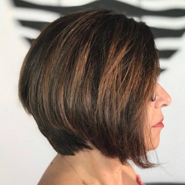 60 inspirações de cortes de cabelo chanel para você mudar o visual - 37