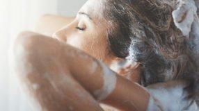 Shampoo de café: saiba quais os benefícios e aprenda a fazer