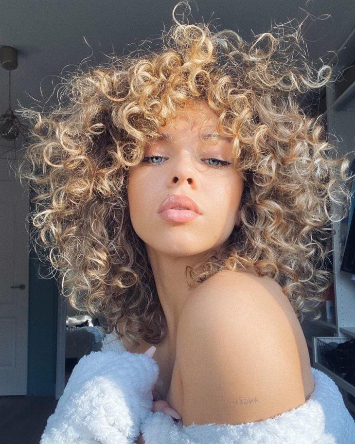 corte de cabelo cacheado 44