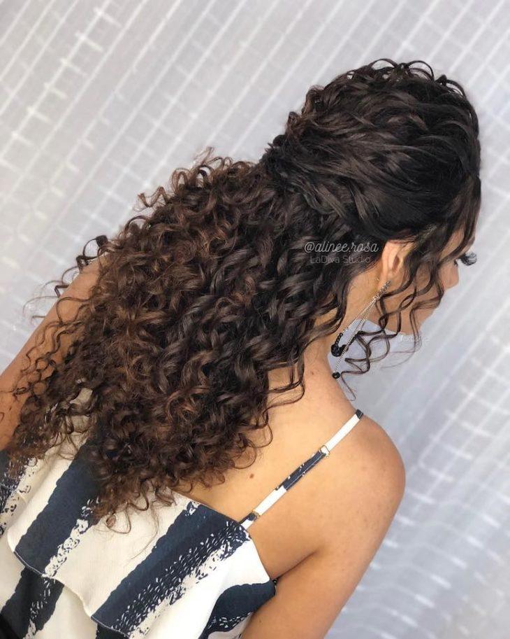 penteados para cabelos longos 19