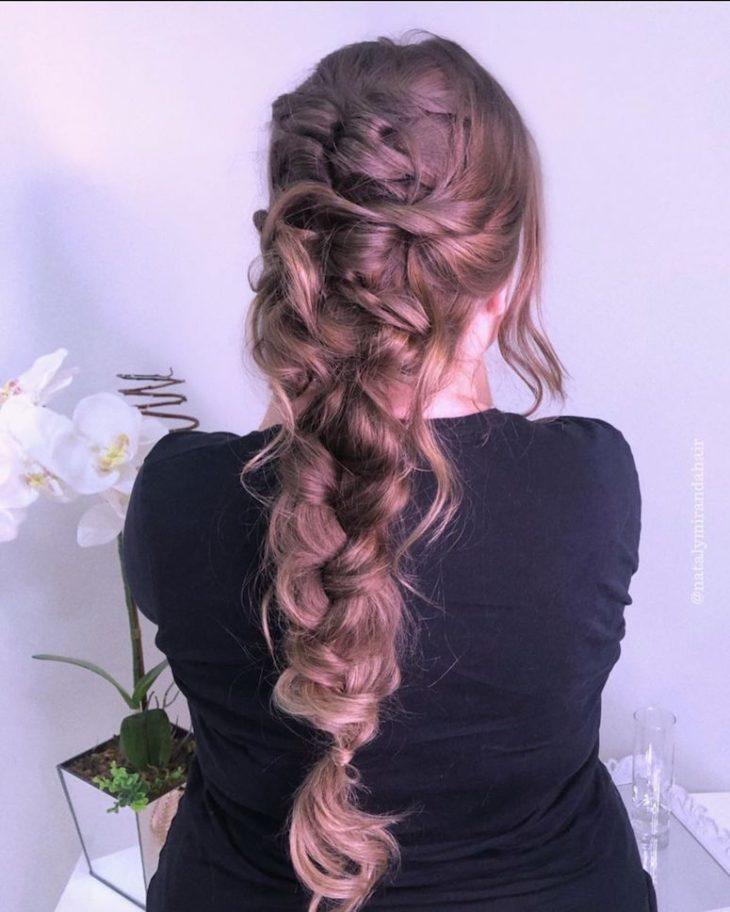 penteados para cabelos longos 74
