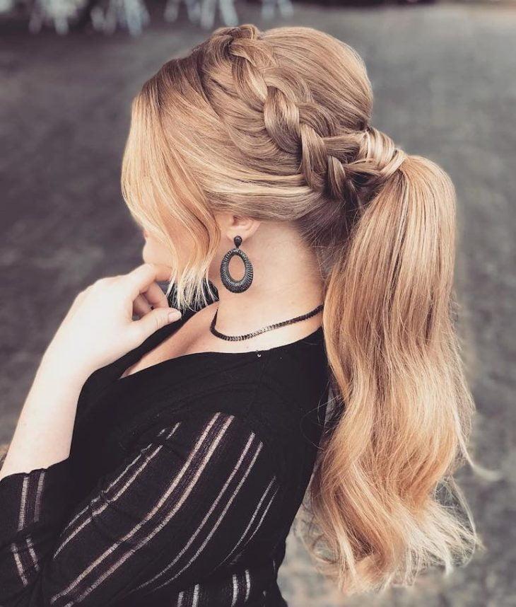 penteados para cabelos longos 75