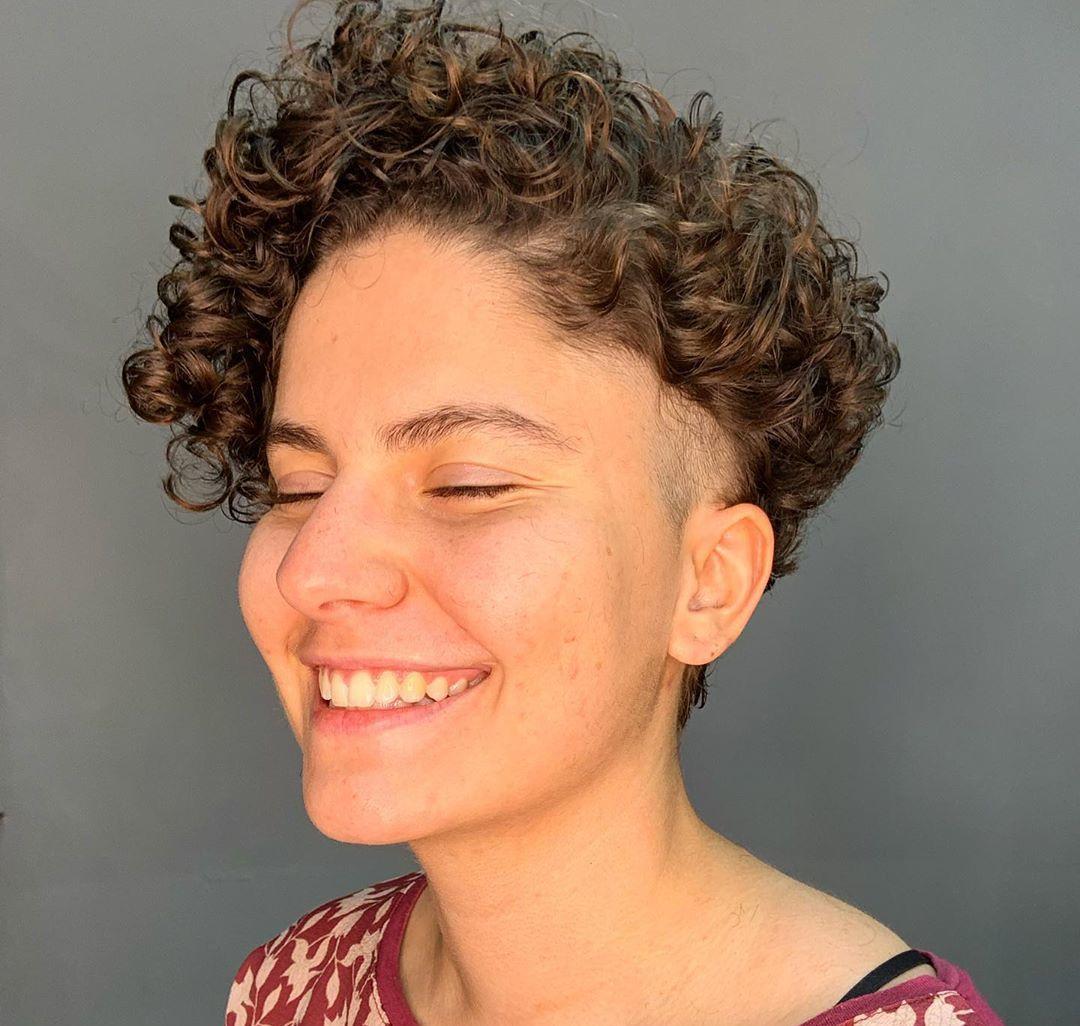 corte de cabelo cacheado 7