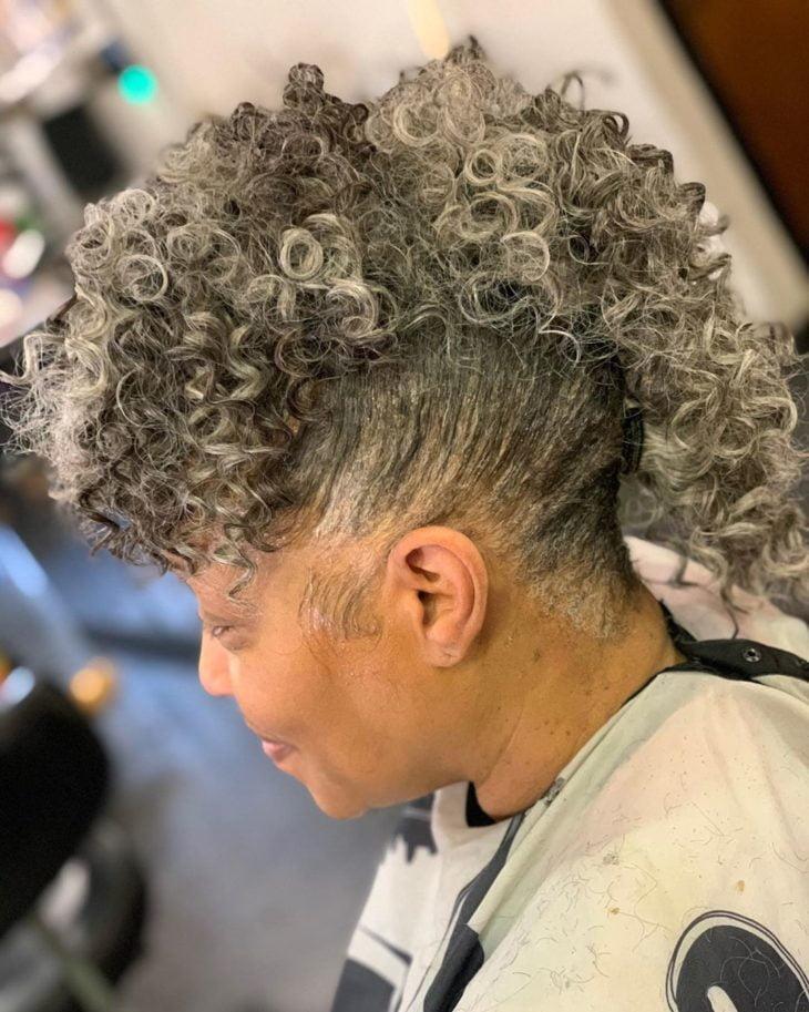 penteado moicano 38