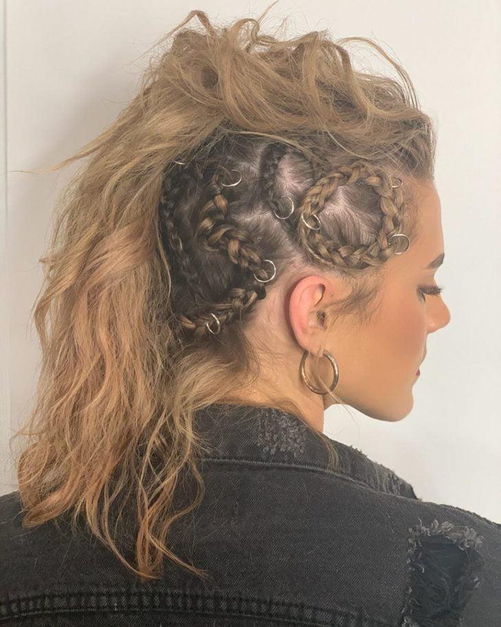 penteado moicano 46