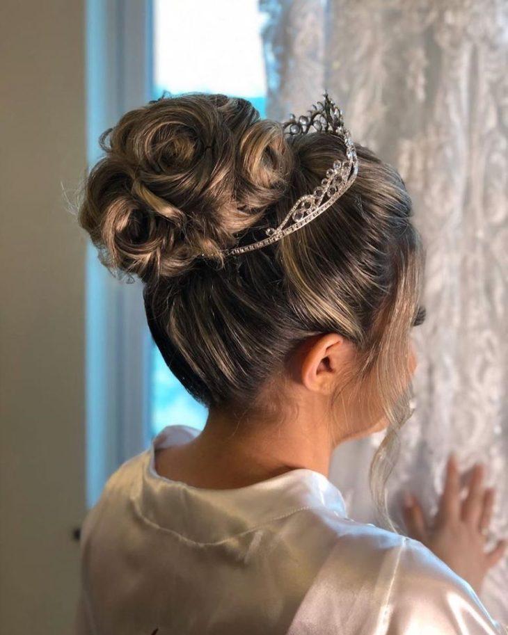 penteados para noivas 55