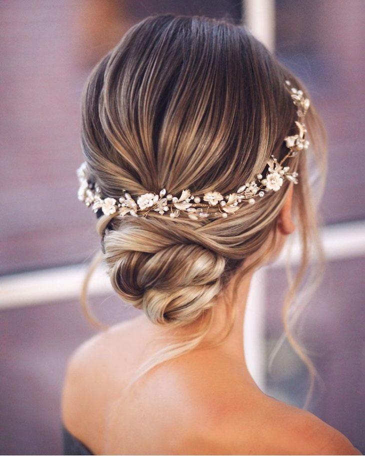 penteados para noivas 45