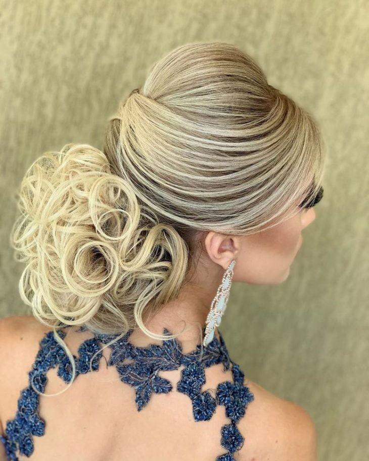 penteados para noivas 88