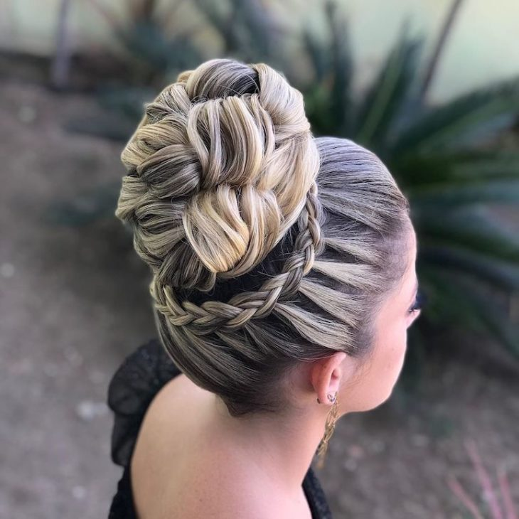 penteados para noivas 102