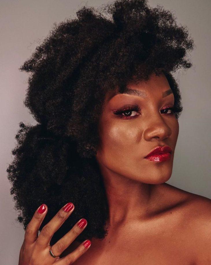 Penteados para cabelos crespos: 60 imagens estilosas para se inspirar - 23
