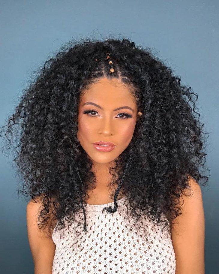 Penteados para cabelos crespos: 60 imagens estilosas para se inspirar - 31