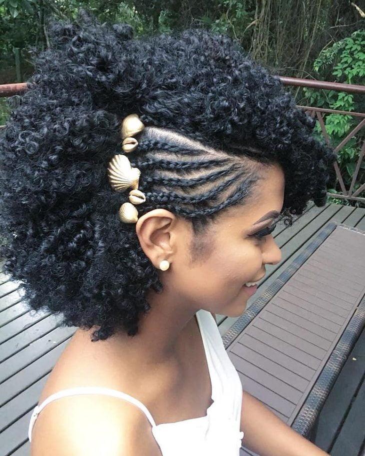 Penteados para cabelos crespos: 60 imagens estilosas para se inspirar - 41