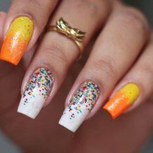 40 fotos + tutoriais de unhas coloridas para inovar na nail art - 21