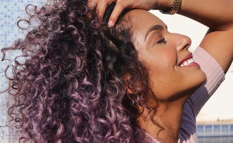 cabelo cacheado colorido 1