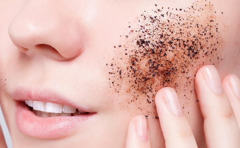 Máscara de café: 8 receitas caseiras e seus benefícios para a pele - 1