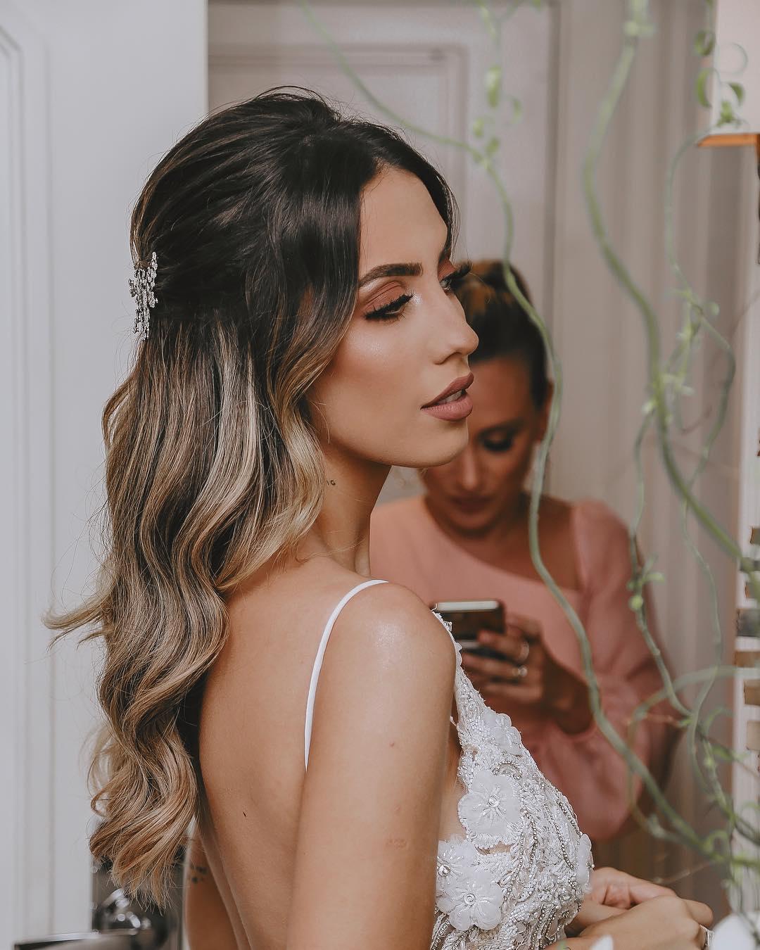 penteados simples para casamento 44