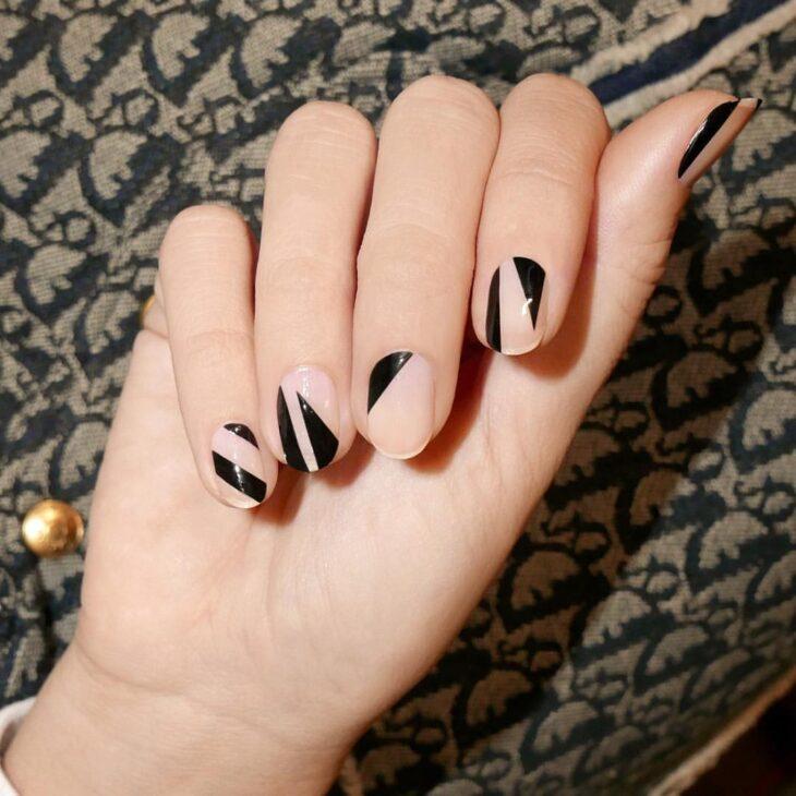 unhas pretas decoradas 4