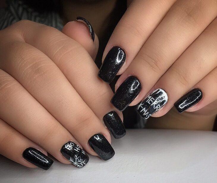 unhas pretas decoradas 17