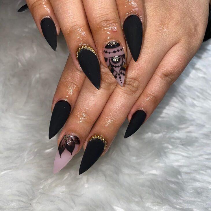unhas pretas decoradas 29