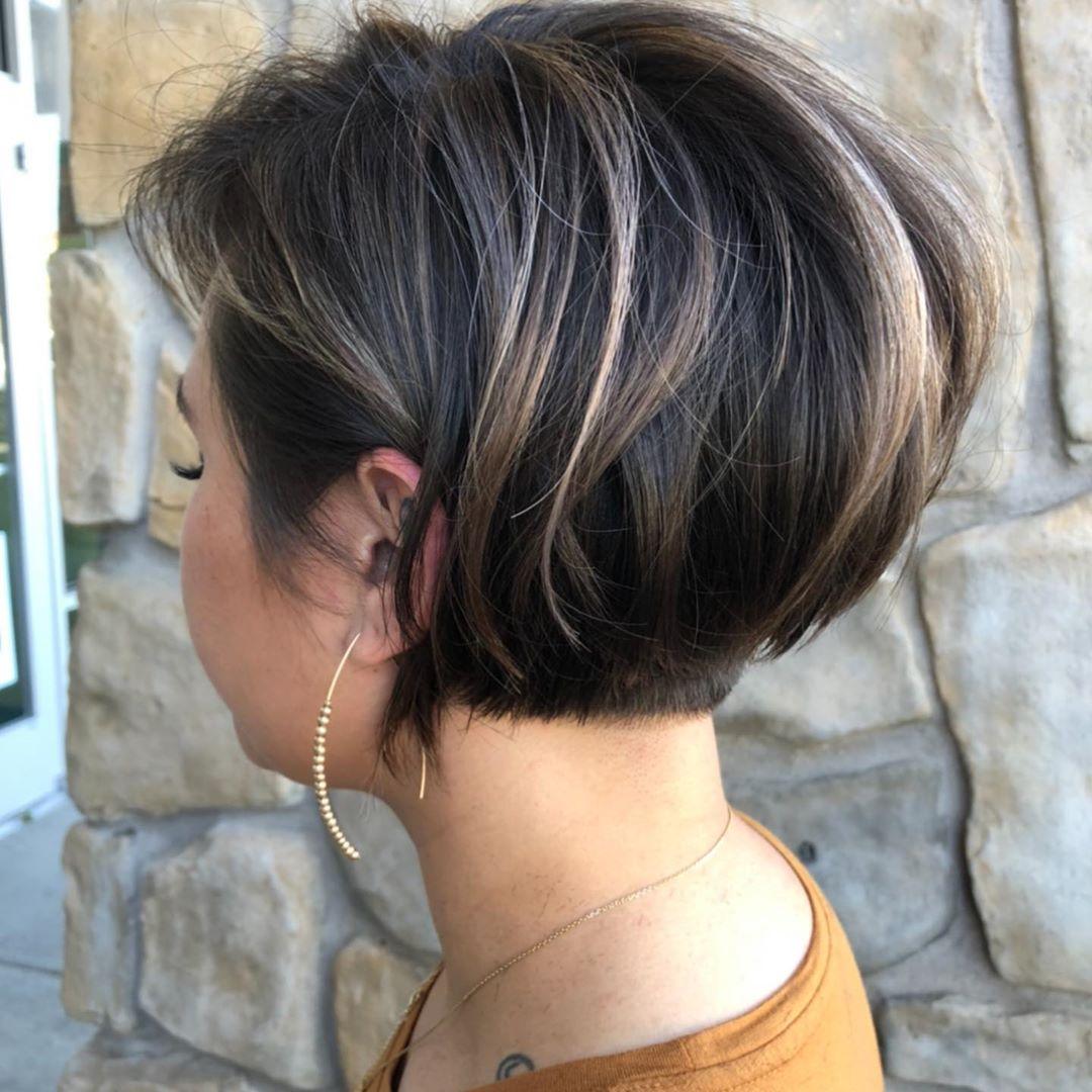 cabelo curto com mechas 44