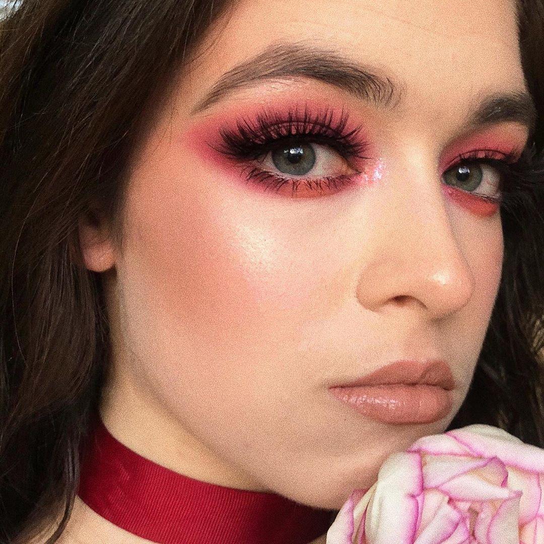 maquiagem com sombra vermelha 50