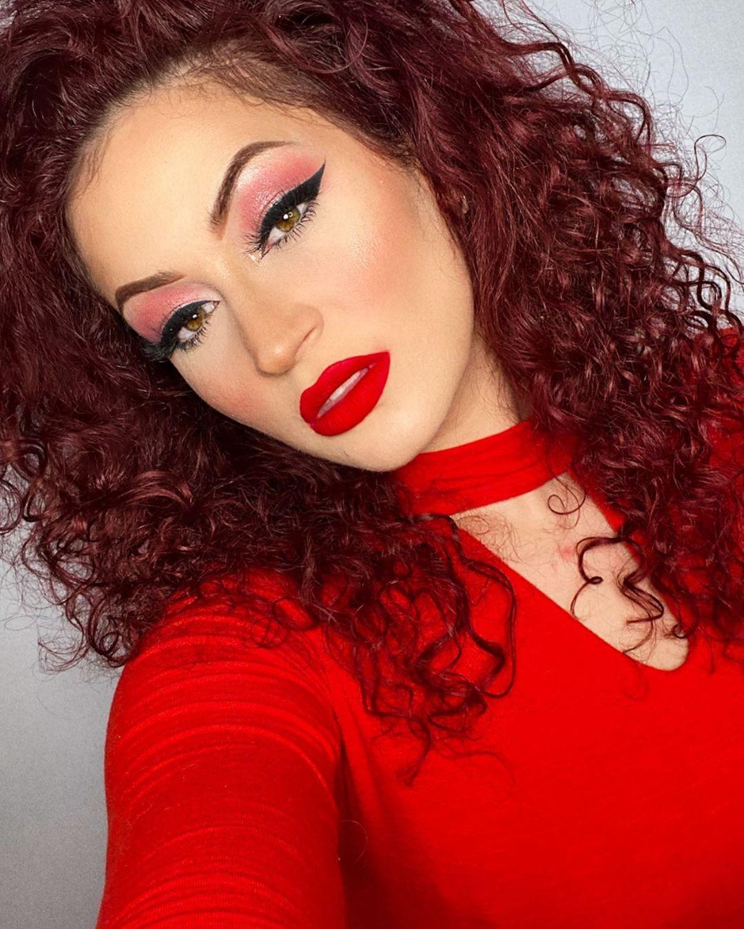 maquiagem com sombra vermelha 31