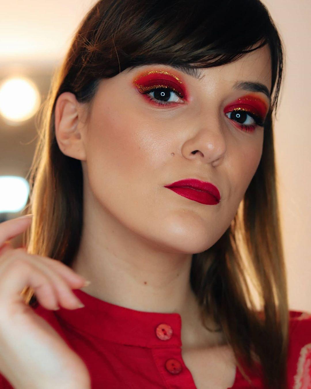 maquiagem com sombra vermelha 39