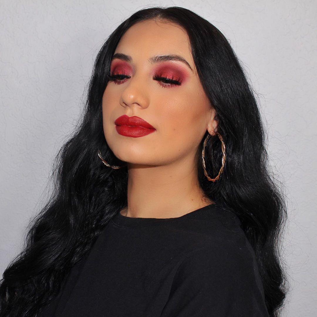 maquiagem com sombra vermelha 46