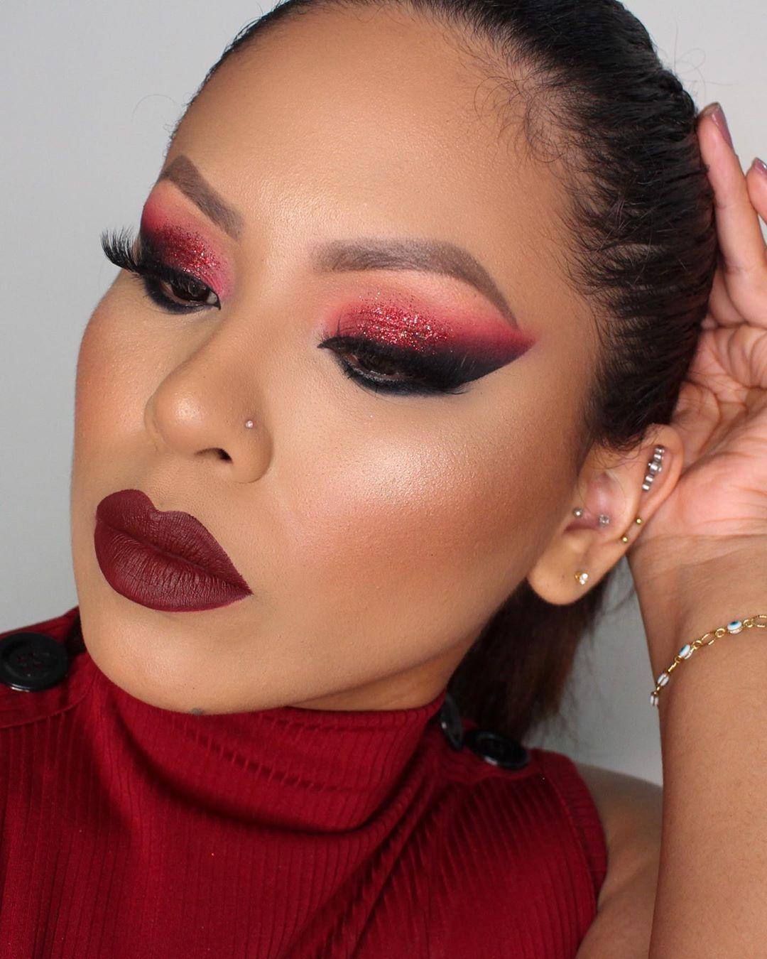 maquiagem com sombra vermelha 36