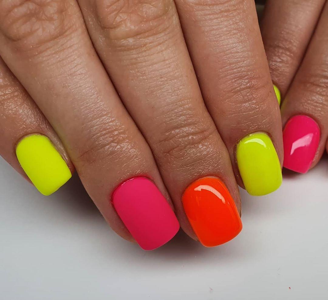 unhas neon 41