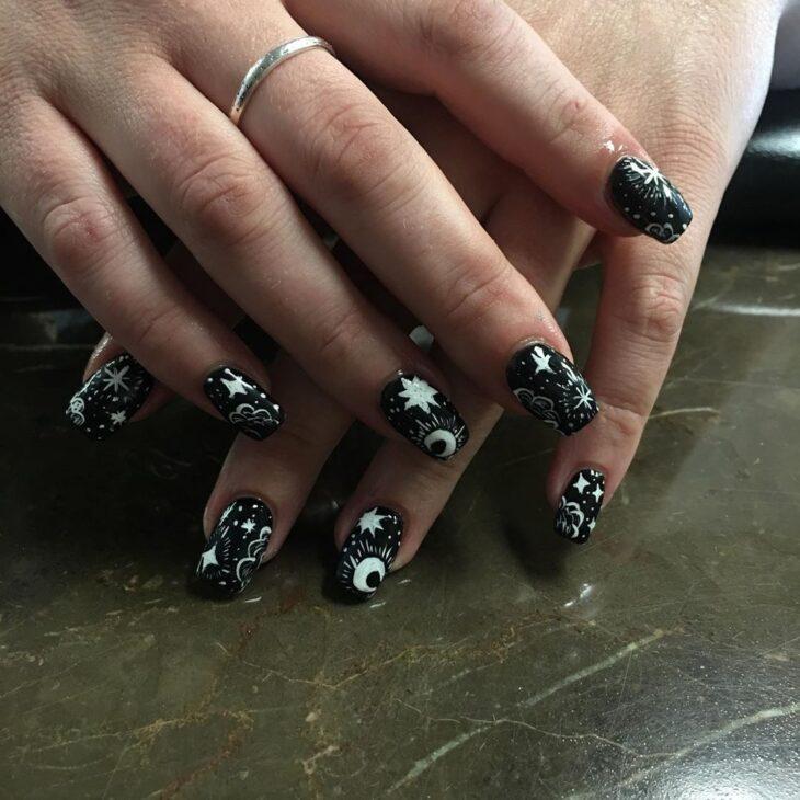unhas pretas decoradas 23