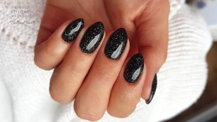 unhas pretas decoradas 77