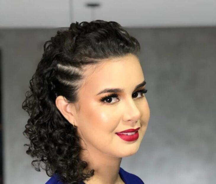 45 fotos e tutoriais de penteados para cabelo cacheado curto - 46