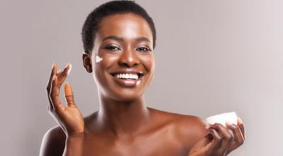 Como criar uma rotina de skincare de acordo com o seu tipo de pele