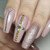 60 opções incríveis de unhas decoradas nude para explorar o tom