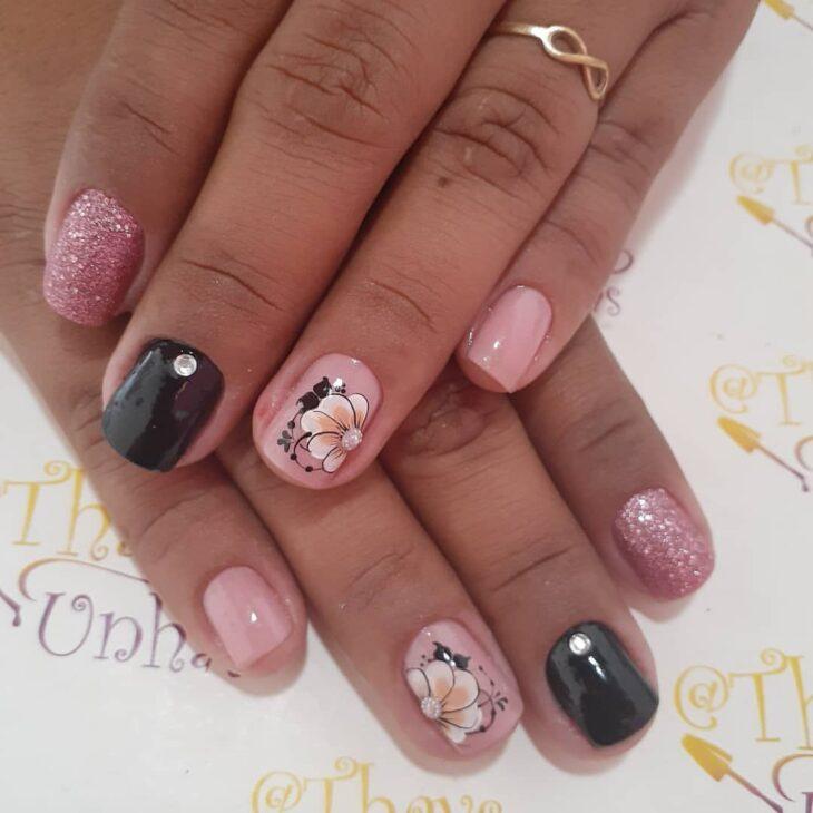 90 unhas decoradas rosa que unem delicadeza e estilo - 16