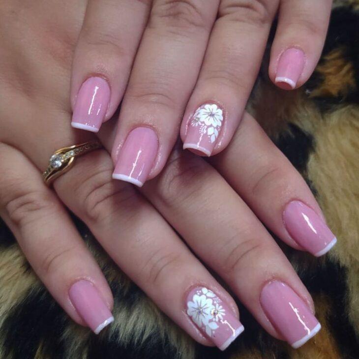90 unhas decoradas rosa que unem delicadeza e estilo - 35