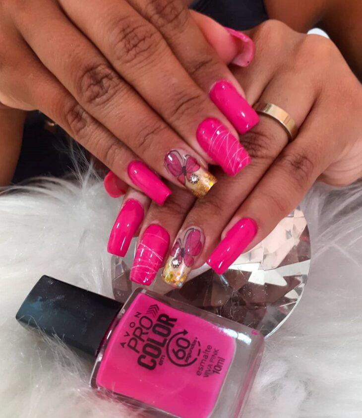 90 unhas decoradas rosa que unem delicadeza e estilo - 37