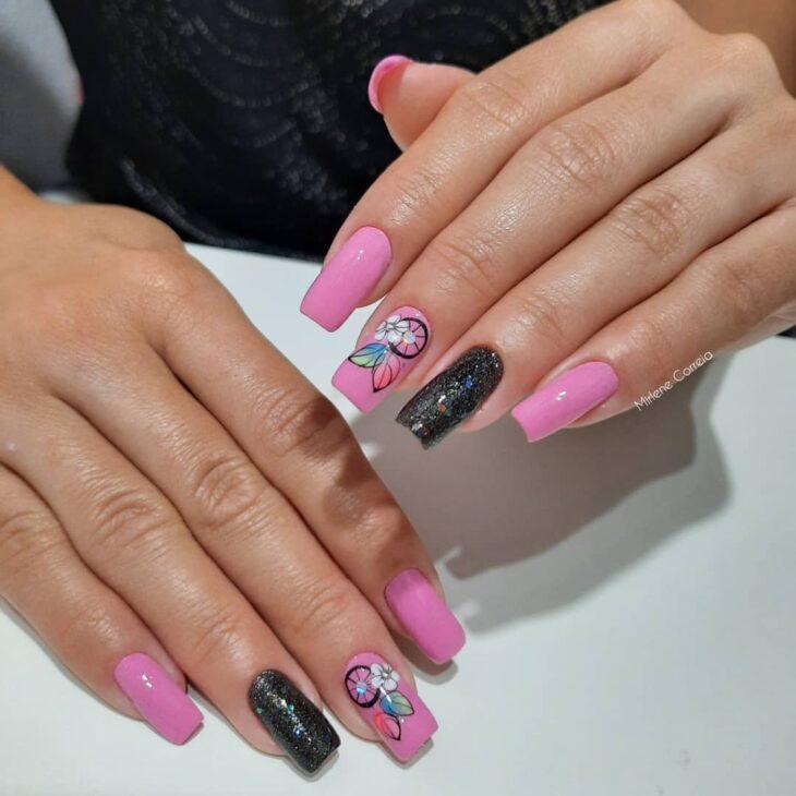 90 unhas decoradas rosa que unem delicadeza e estilo - 38